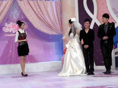 明星化妆师小乐出镜《精致女人》 担任嘉宾