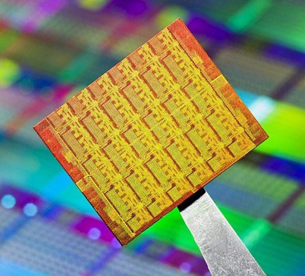 不再纠结于i5或i7 Intel发布48核PC