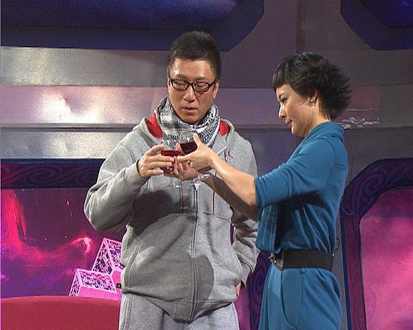 图:众影视明星做客北京电视台《影视风云路》2