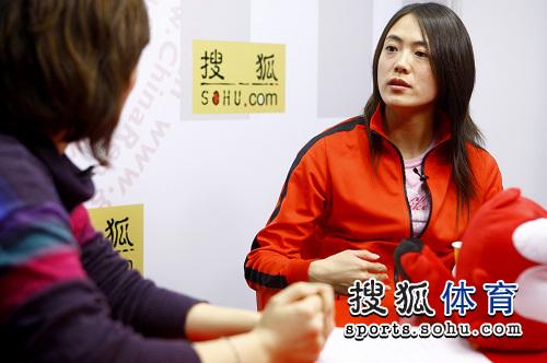 图文:速滑名将王北星做客搜狐 接受专访