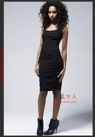 百搭小黑裙 换季搭配 修身穿搭