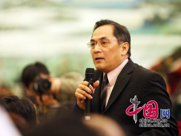 美国有线电视新闻网记者提问 中国网 胡迪