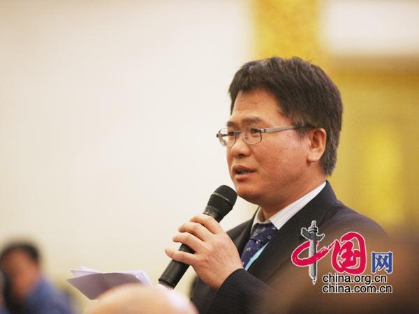 韩国《东亚日报》记者提问 中国网 胡迪