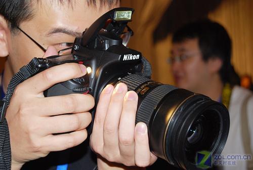 全幅单反配顶级镜头 尼康D700套机新价格