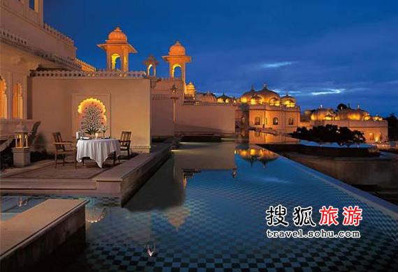 印度奥拜瑞乌代维拉斯酒店; >> 度假新趋势 盘点全球10大水上酒店