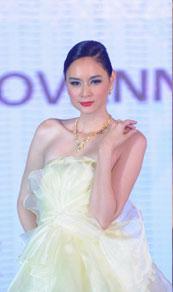第27届香港国际珠宝展,意大利珠宝汇演,名模anna.r