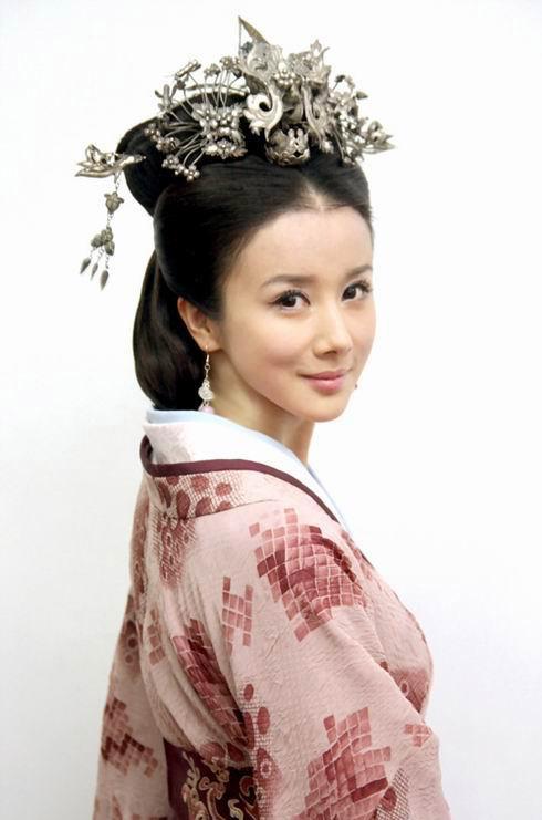 古装大戏《美人心计》定妆照 孙菲菲 饰 青宁