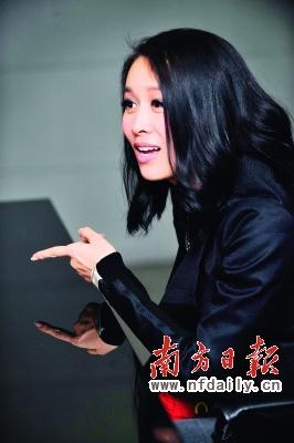 那英昨日在北京畅谈圈内圈外事