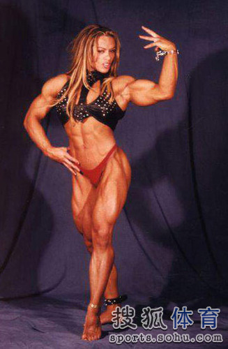 健美肌肉女写真_健美造就最强壮女人 魔鬼肌肉人令男士咋舌[图]