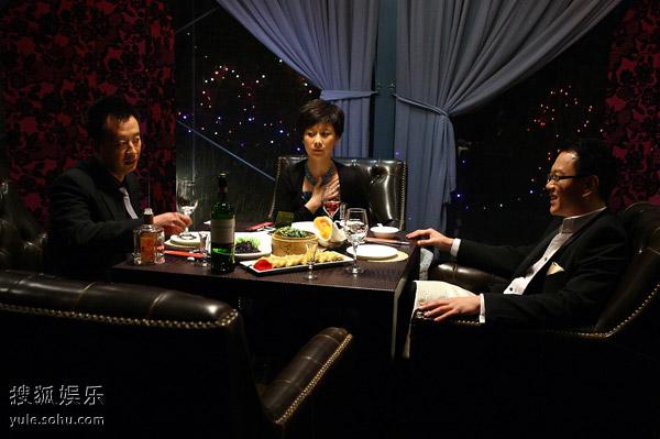 余味和李若秋为争夺毛豆的经典对拍,打动了无数网友