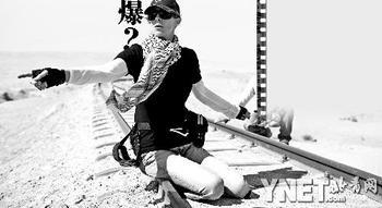 凯瑟琳・毕格罗在《拆弹部队》拍摄现场