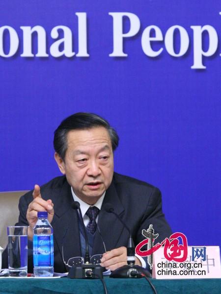 工业和信息化部部长李毅中 中国网 曾志