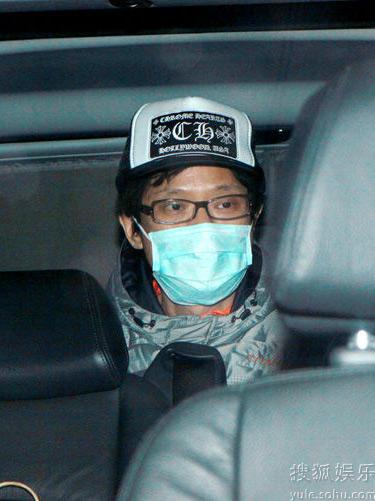 陈志云被廉署扣查40小时后被获准保释离开