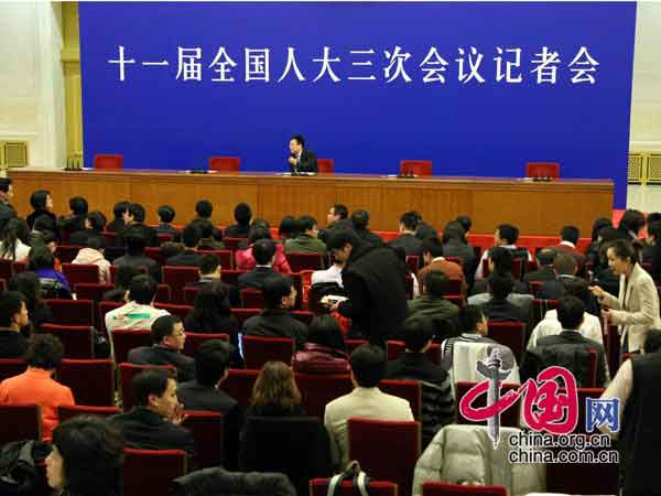 与会记者提前到场 中国网 杨佳