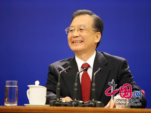 温总理即兴吟诗 中国网 胡迪
