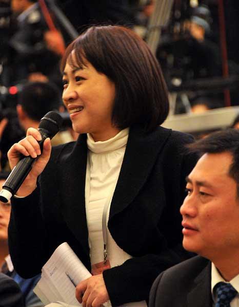 图为台湾《联合报》记者提问。翟子赫 摄
