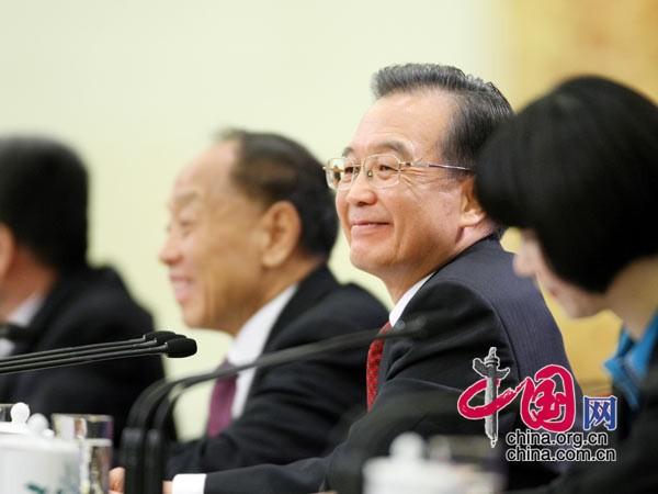 温总理回答记者提问 中国网 杨佳