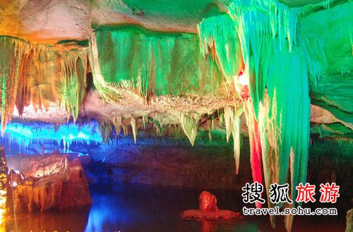 万年神农宫中国最美的地下河
