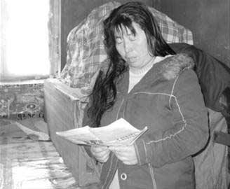 得知丈夫朱现民被绑架的消息后,杨丽忧心忡忡,但她一直独自承受着压力,没有把这件事告诉正在读书的孩子和远方的亲人。 记者 岳鹏 摄