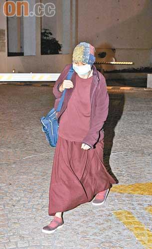 该神秘女喇嘛是前艺能高层