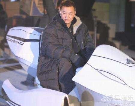 程小东在《未来警察》片场