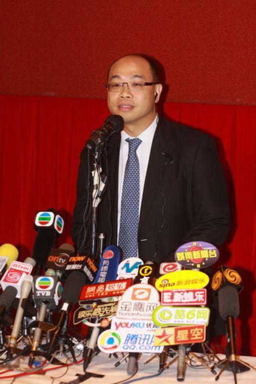 图:陈志云发布会回应涉贪 寥寥数言即离场  IMG2456279
