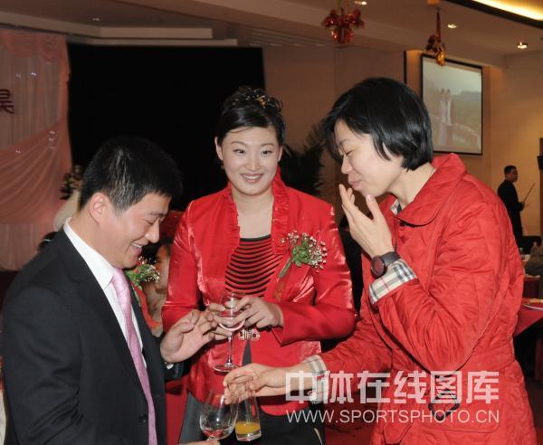 图文:女排名将杨昊北京大婚 张萍祝福新人