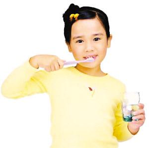 学龄前儿童不宜选电动牙刷