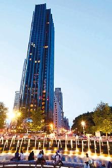 一位中国商人以3320万美元买的豪宅,是曼哈顿住宅今年的最高售价。(图片来源:香港文汇报)