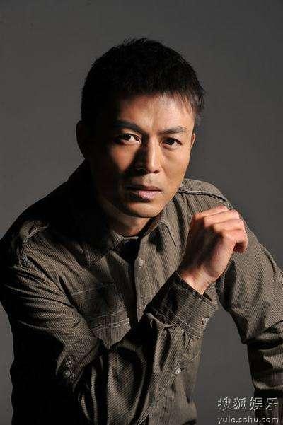 近日,著名演员刘涛接受媒体专访,访谈中刘涛想观众揭秘了《江阴要塞