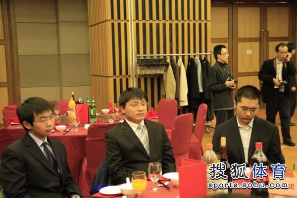 图文:春兰杯欢迎晚宴进行 古灵益胡耀宇陈耀烨
