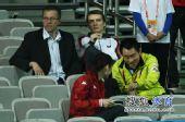 图文:丁宁4-3冯天薇晋级决赛 施拉格现身看台
