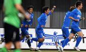 图文:[中超]长沙金德2-0上海 庆祝进球