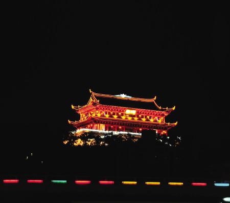 昨日福州镇海楼熄灯前