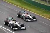 图文:F1澳大利亚站正赛 舒马赫落后队友