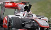 图文:F1澳大利亚站赛况 巴顿夺冠挥手致意