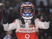 图文:F1澳大利亚站赛况 巴顿夺得分站赛冠军