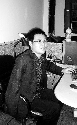 王玉珠右手臂截肢,许多律师所曾将其拒之门外。