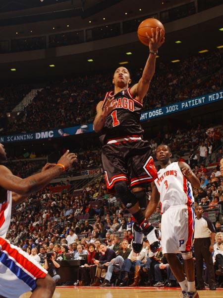 罗斯/图文:[NBA]公牛胜活塞 罗斯上篮
