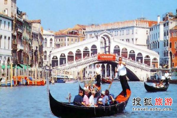 水 威尼斯的水上交通