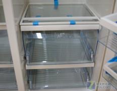 质感十足 博世豪华对开门冰箱逼近万元