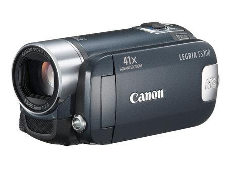 多彩闪存摄像机 佳能新品FS200低价上市