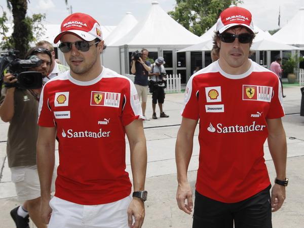图文:F1马来西亚站赛前 马萨和阿隆索