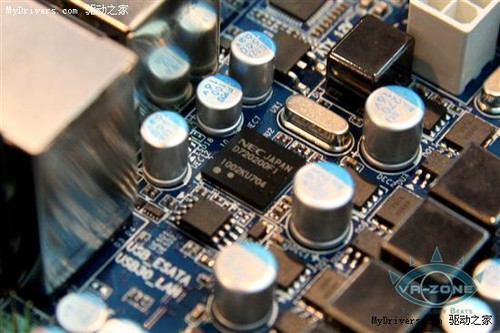 支持USB3.0 技嘉巴掌大H55主板实物图