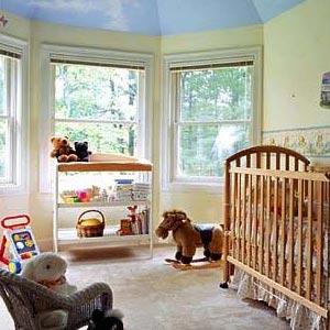 宝宝房间墙上的手绘图