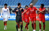 图文:[中超]重庆1-1青岛 力帆为红牌申诉
