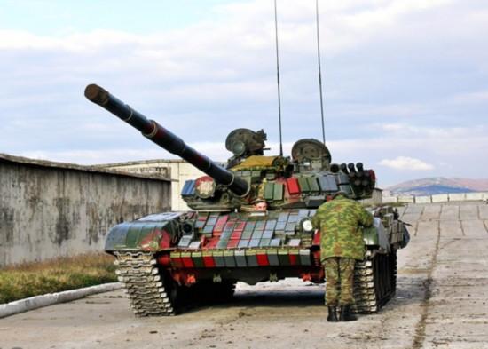 �t_俄罗斯披挂反应装甲的t-72主战坦克