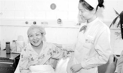 40岁的徐宝琴决定捐献遗体,以回馈社会,回馈所有人的真情。