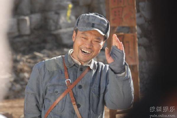 赵恒煊饰演刁班长