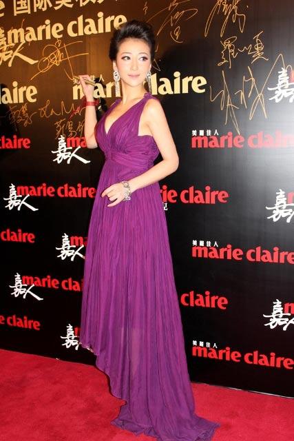 紫色拖地长裙